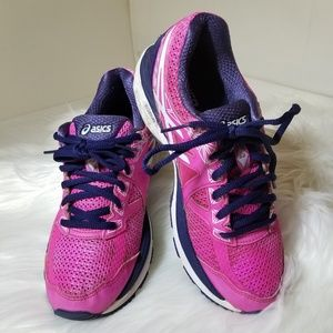 Asics Shoes - Asics GT-2000 4 Running Shoes Size 6 Pink & Navy
